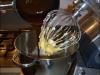 macadamia-chocoladetaart-gesmolten-chocolade-erbij